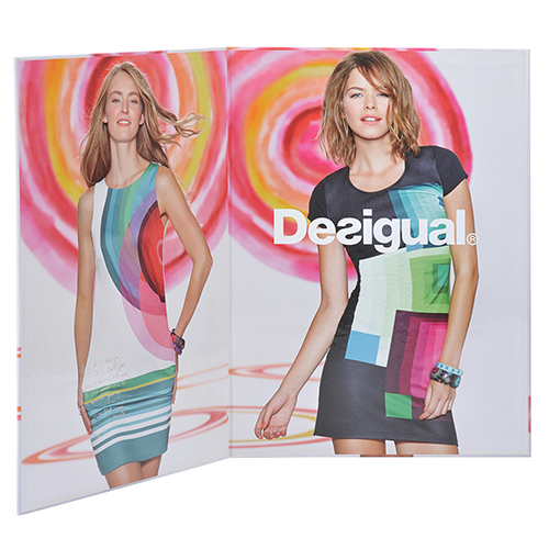 Display carton forrado diptico desigual