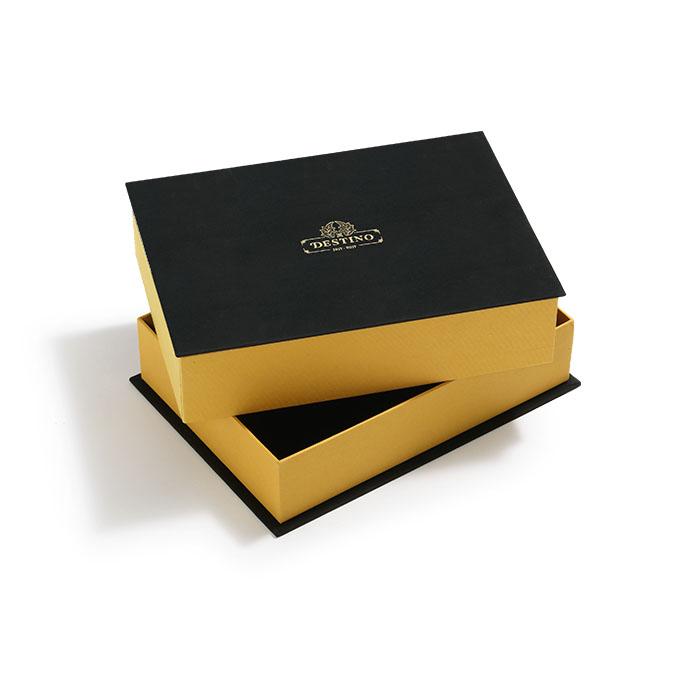 Caja para libros carton amarilla y negra